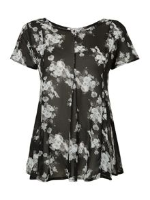Wal-G Floral print short sleeved swing top
