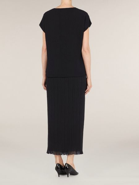 Windsmoor Long crinkle black skirt