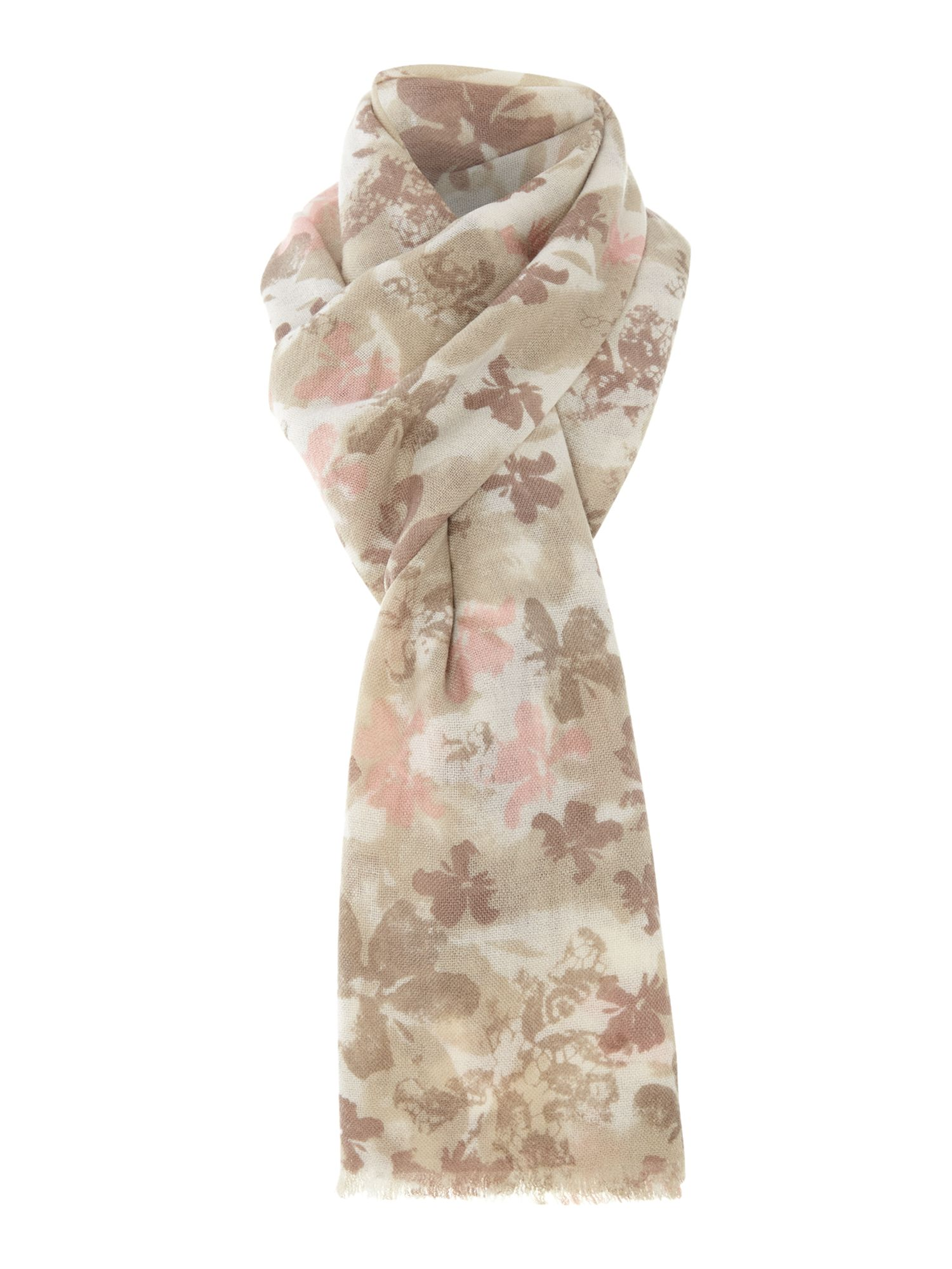 Flower placement wool scarf