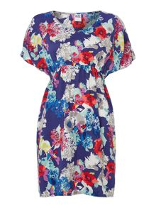 Short sleeved floral dress