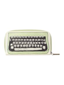Multi typewriter zip around