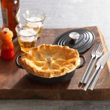 Le Creuset Stoneware pie bird funnel, almond