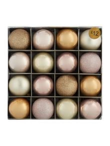 Pack of 16 pearl shatterproof baubles