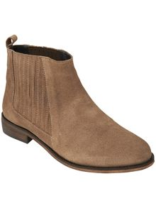 Lauri ankle boots