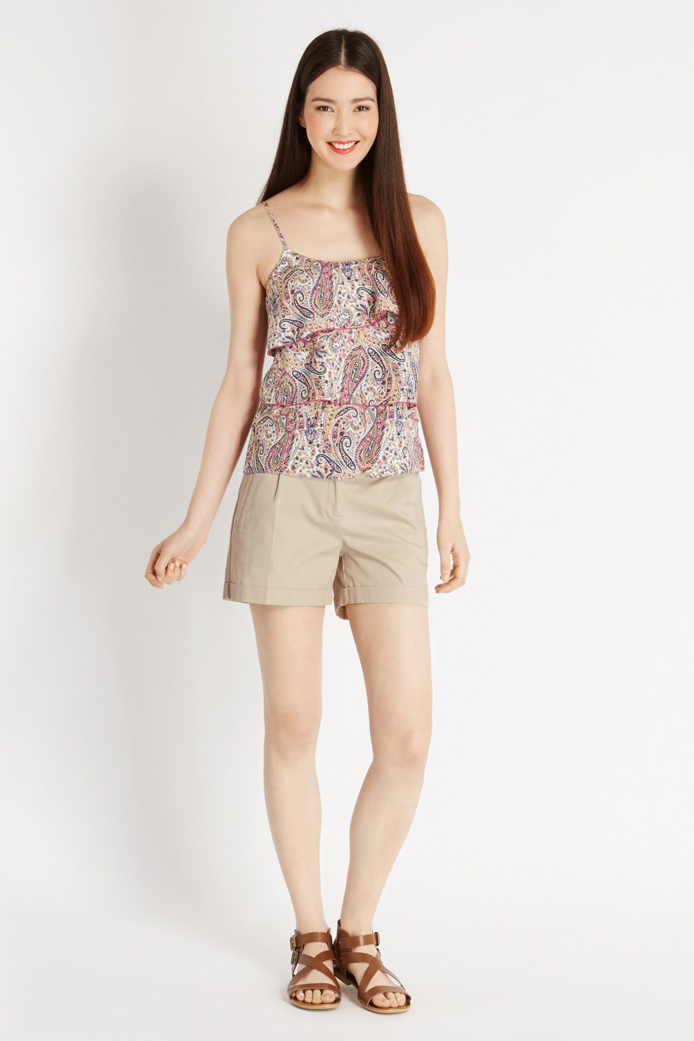 Casual detail shorts