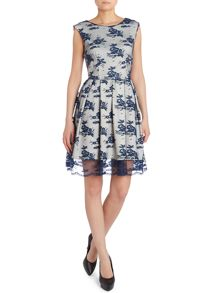 SL FIT AND FLARE DRESS