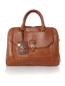 Lizzy tan pocket tote bag