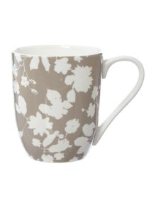 Cambridge floral silver mug