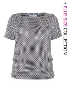 Mono tile print t-shirt top