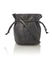 Black shoulder duffle bag