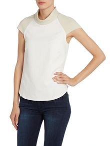 Contrast collar top