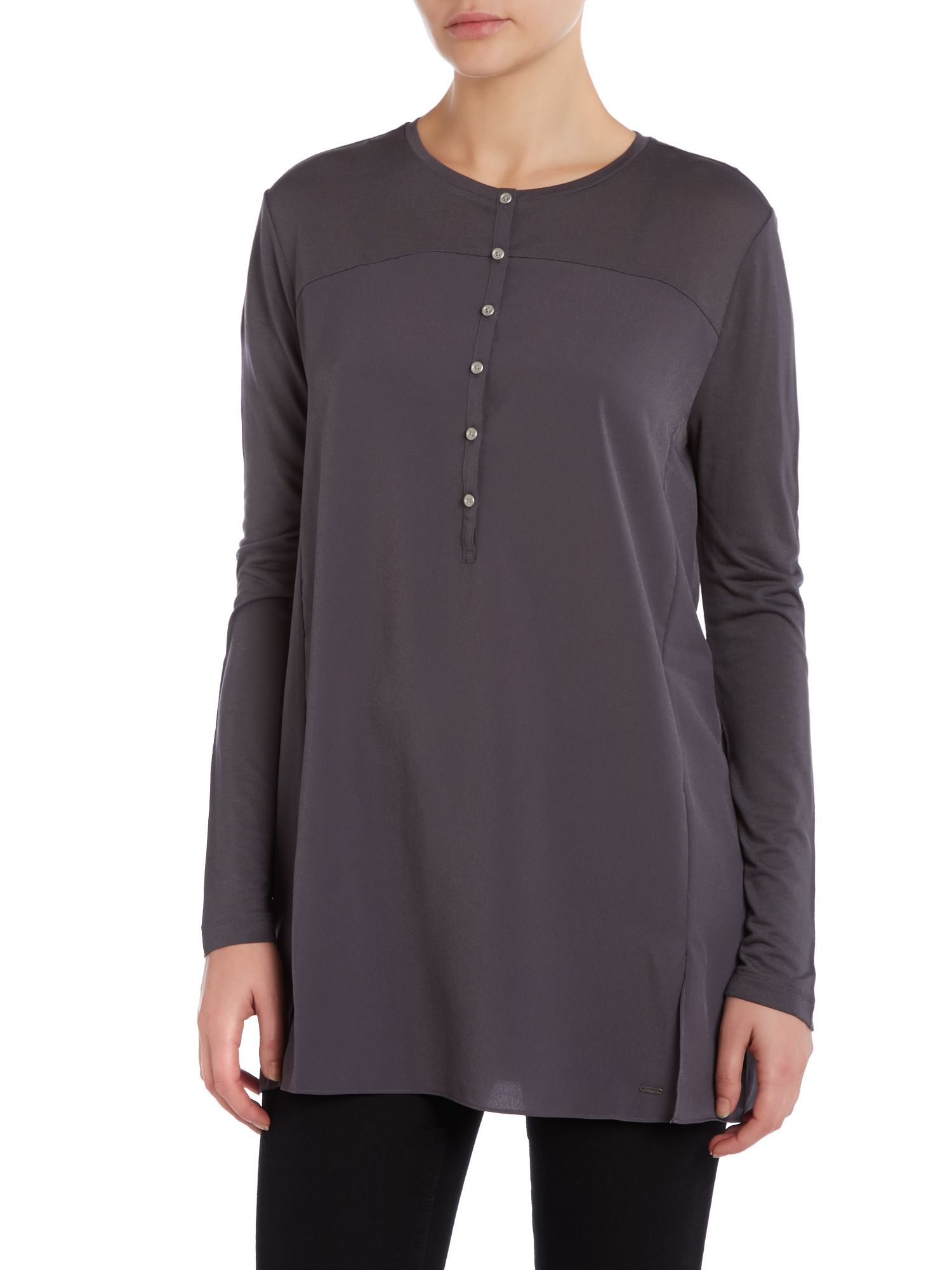 Long sleeve tess top in magnet