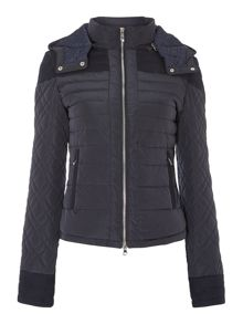 Short coat with padded quilted sleeves