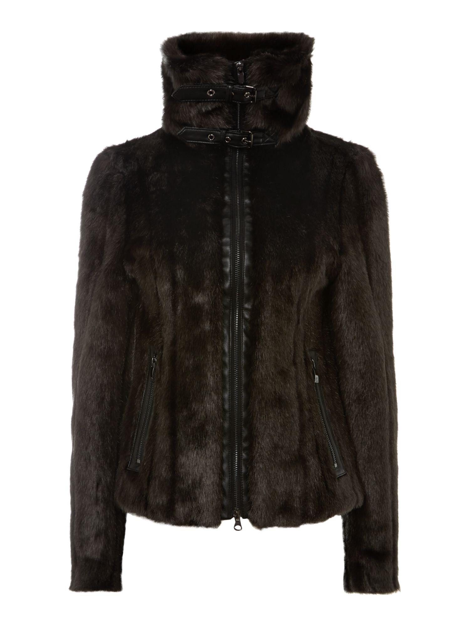 Short faux fur jacket with a big collar