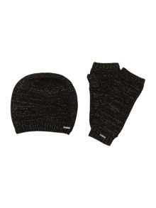Girls set of knitted hat and mittens
