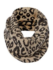 Animal Knit Snood