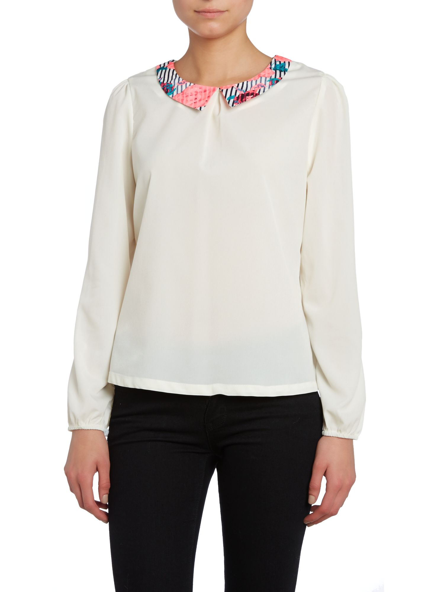 Chiffon blouse with collar
