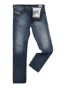 Buster 831Q mid wash regular taper jeans