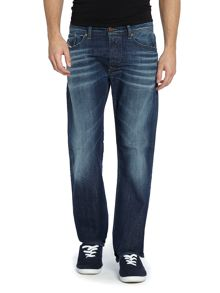 Waykee 833n mid wash regular straight jeans
