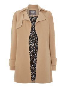 Collared cuff detail coat