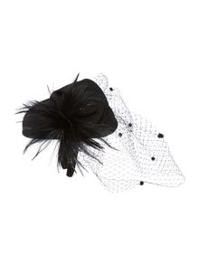 Feather trim pillbox with veil