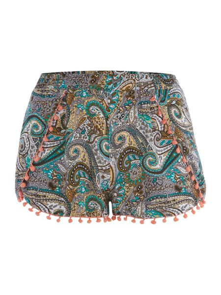 Samya Floral shorts with pleat & lace hem