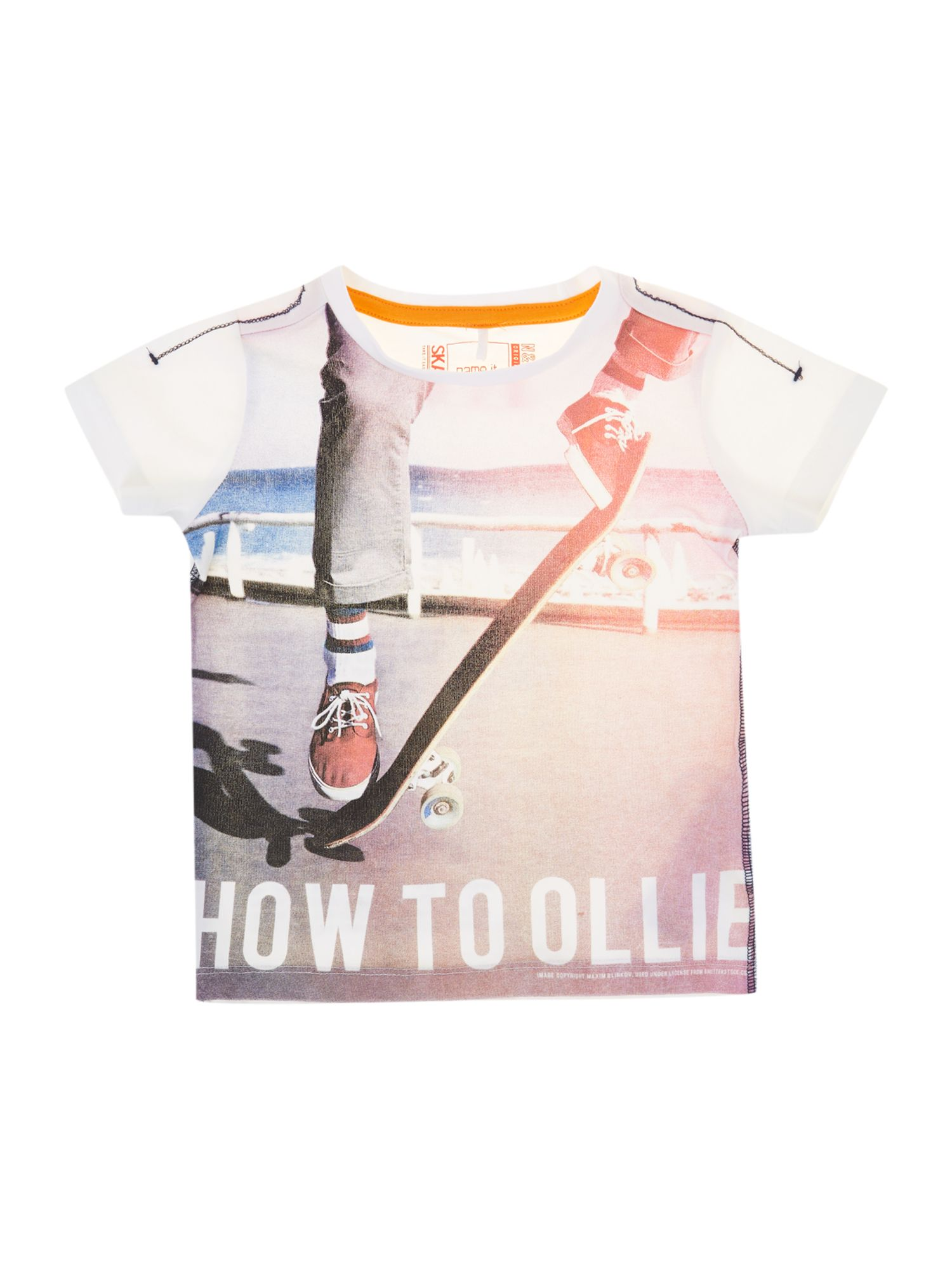 Boys skateboard print t-shirt