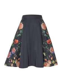 A line skirt with rose print
