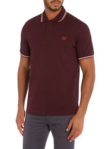 Short-sleeved twin tipped polo shirt