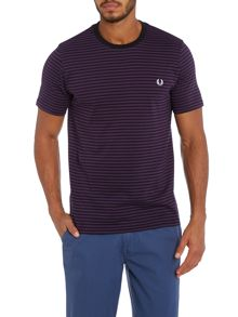 Sharp fine stripe crew neck t-shirt