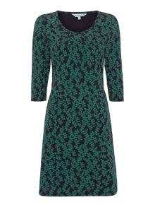 Petra 3/4 sleeve flowing leaf print dress