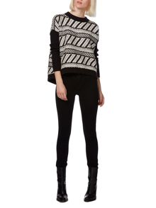 Mono patterned jumper