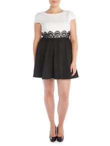 Short sleeved Two Tone Lace Waist Dress