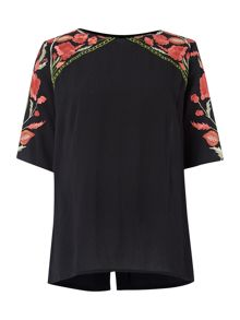 Button back embroidered loose blouse