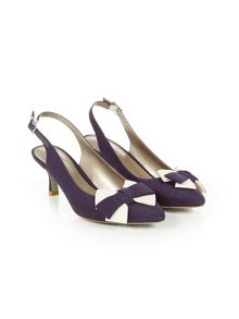 Damson trim shoe
