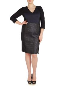 Persona Plus Size Dieci scuba panel shift dress detail