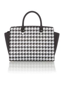 Selma monochrome tote bag