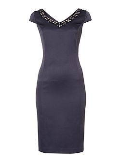 Cap sleeve dress with V neck jewel detail