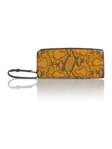 Betty clutch bag
