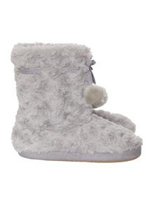 Curly fur booties