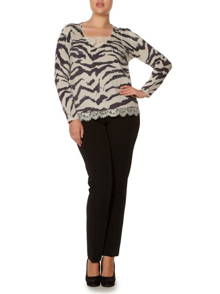 Persona Plus Size Adri v neck leopard knitted sweater