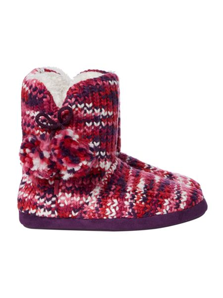 Totes Chunky knit boot with pom pom