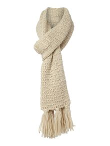 Line knit scarf with tassles