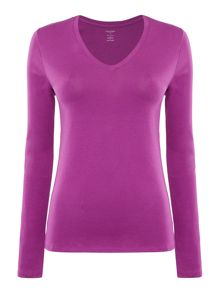 Long sleeved v neck t-shirt