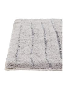 Casa Couture Stripe Bath Mat in Silver