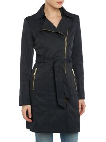 Raincoat hooded with asymetrical zip & belt