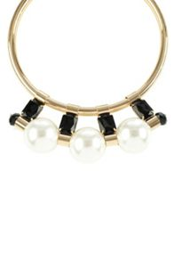 Iona modern pearl necklace