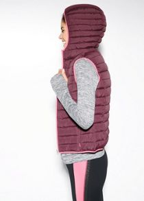 Hooded outdoor gilet