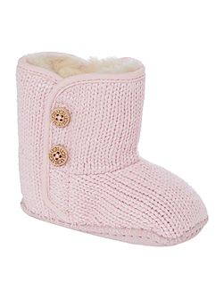 Newborn knitted bootie with branded button