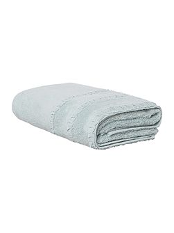 Shabby Chic Frill Border Bath Towel in Duck